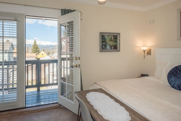 Your room has a beautiful balcony with a phenomenal view of the mountains!