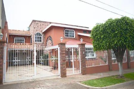❂ Casa Colonial Americana 2 ❂