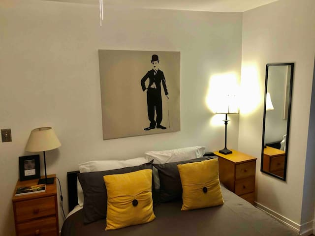 The Charlie Chaplin Room is clean and bright with comfortable Queen bed.