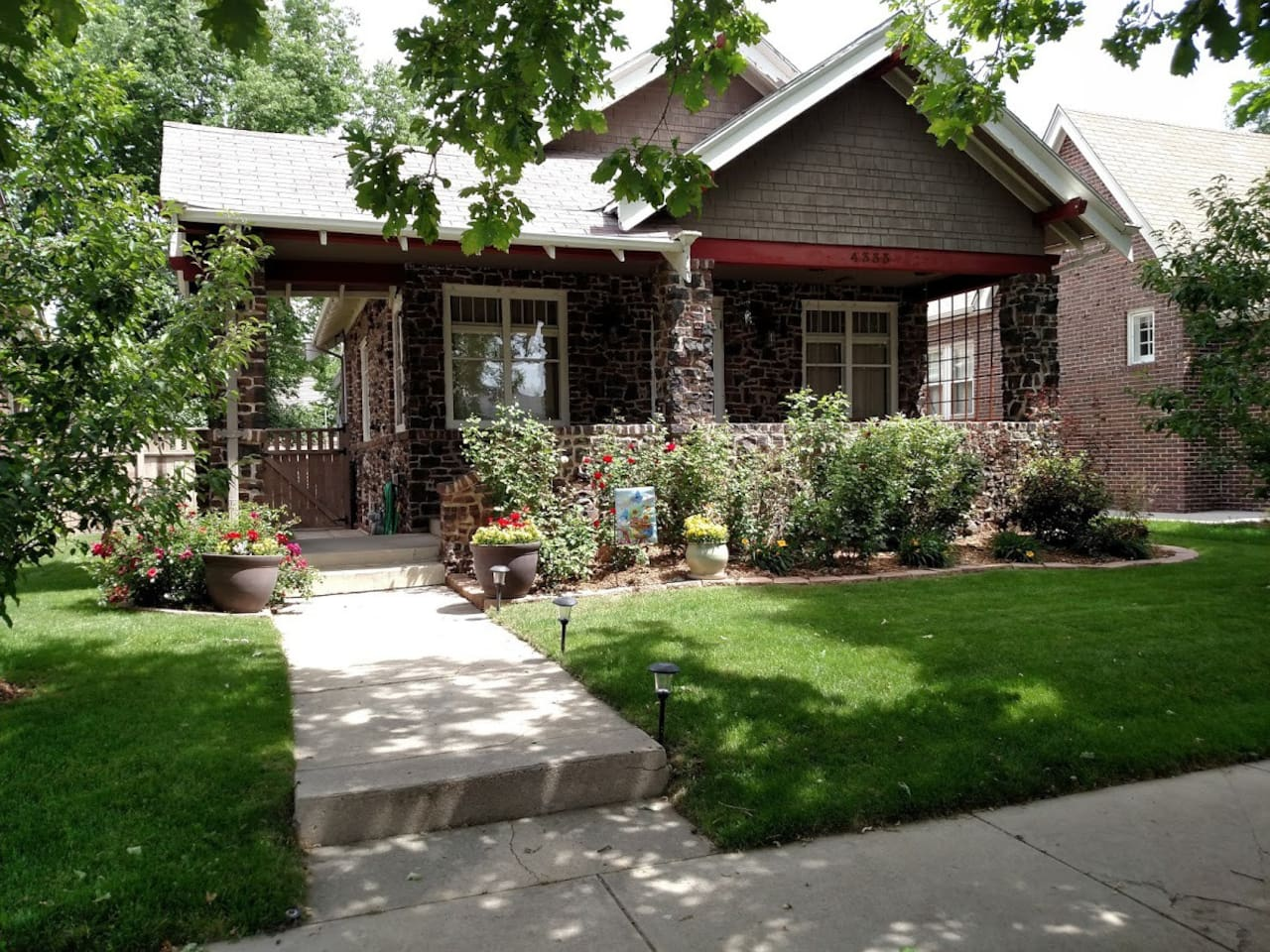 We are located in a amazing area-- 2 blocks (easy walk) from City park, Museum of Nature and Science, and the Zoo. We love to garden and be outdoors!