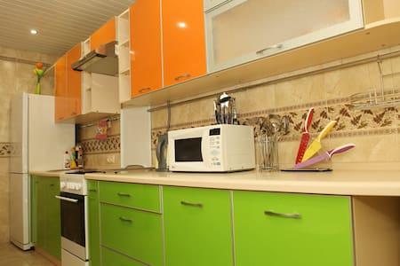 Приличная квартира посуточно - Dzerzhinsk