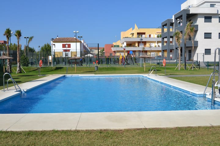 Home deluxe Residencial Doñana. Piscina y Playa.