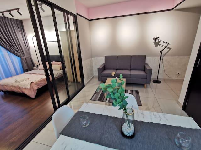 HexaHome_Rome Suites@Puteri Harbour/Legoland