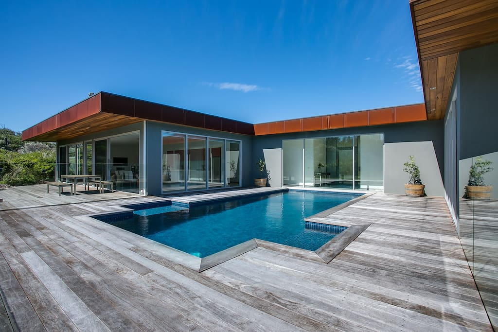 Private 5 Bedroom Beach House With Pool Houses For Rent In Saint Andrews Beach Victoria