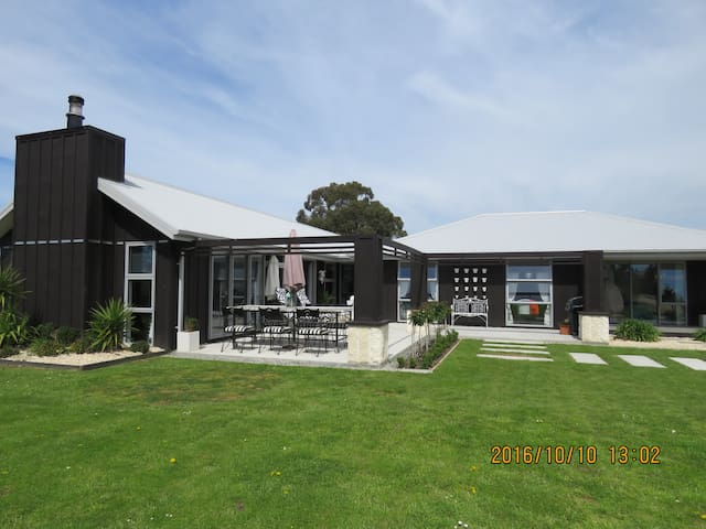 Sophisticated elegance in a country  village - Waipara - Ev