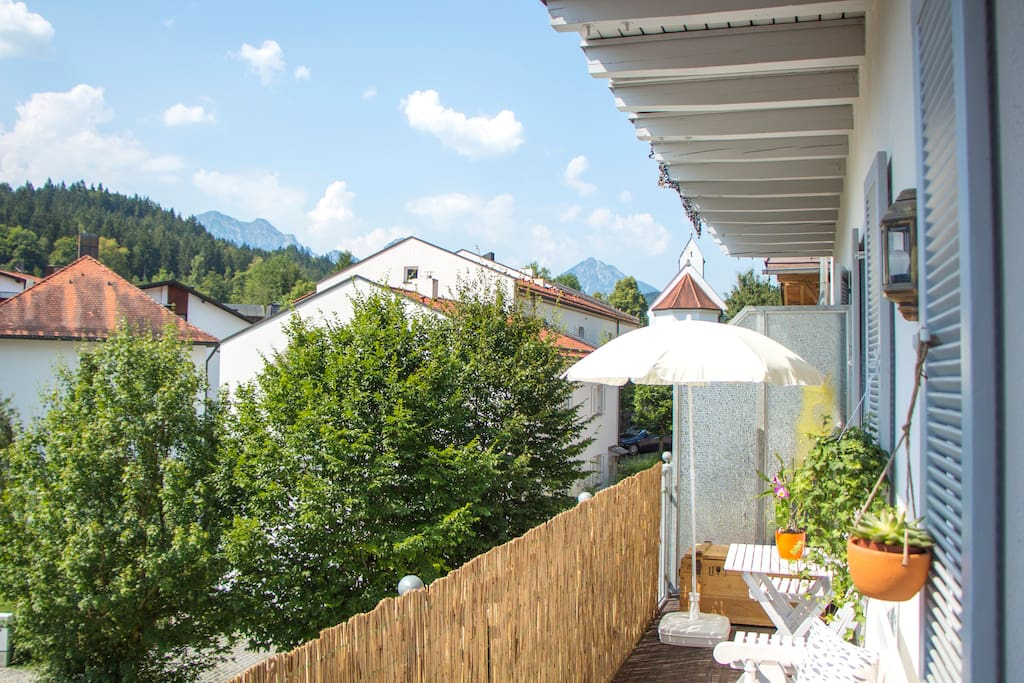 Take in the breathtaking Alpen panorama from your very own private balcony