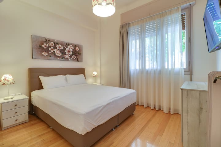 Jolly Suite - one minute from Acropolis Museum
