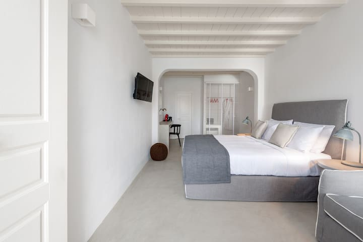 COVA MYKONOS - JUNIOR SUITE