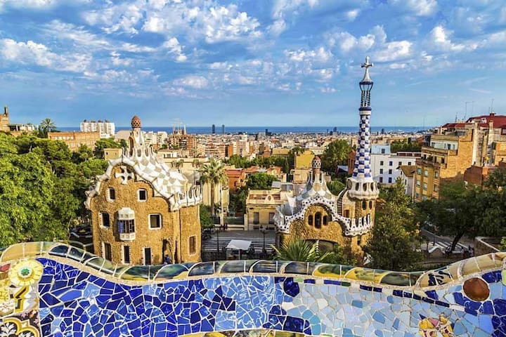 Our Guidebook to enjoy Barcelona