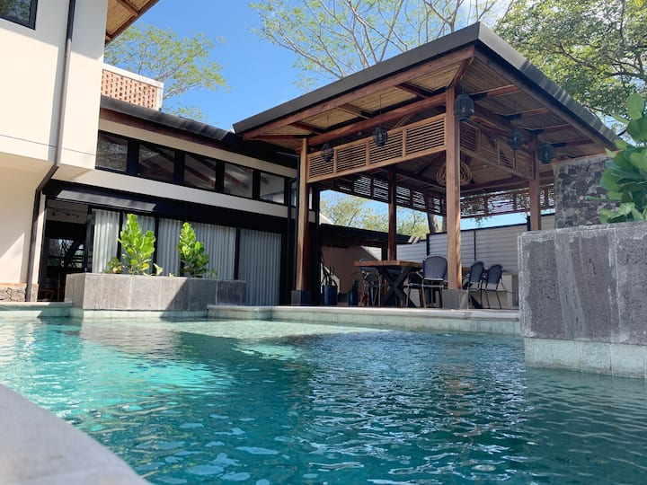 My Way Langosta Beach House private pool