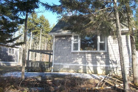 Ocean Spray Cottages - Eagles Nest #3 - Cabin
