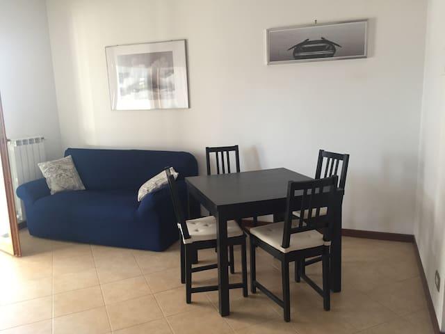 Bilocale  confortevole a Roma Est - Rom - Wohnung