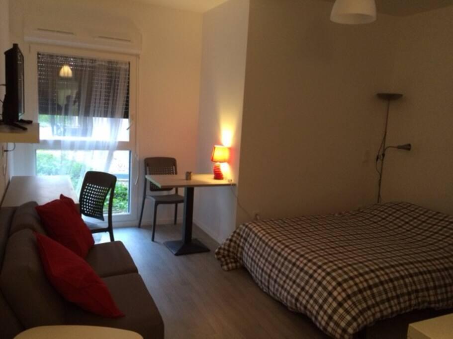 Studio between paris and disneyland apartamentos para alugar em villiers sur marne ilha de - Apartamentos en disneyland paris baratos ...