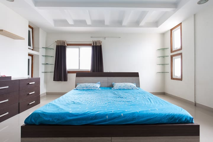 Calm and cozy house- HiTech city(3) - Hyderabad - Byt
