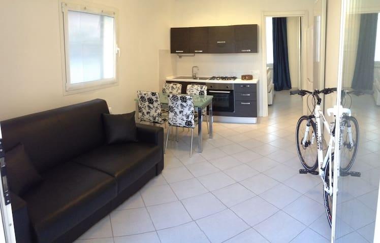 Bilocale moderno vicino al mare - Borghetto Santo Spirito - Apartment