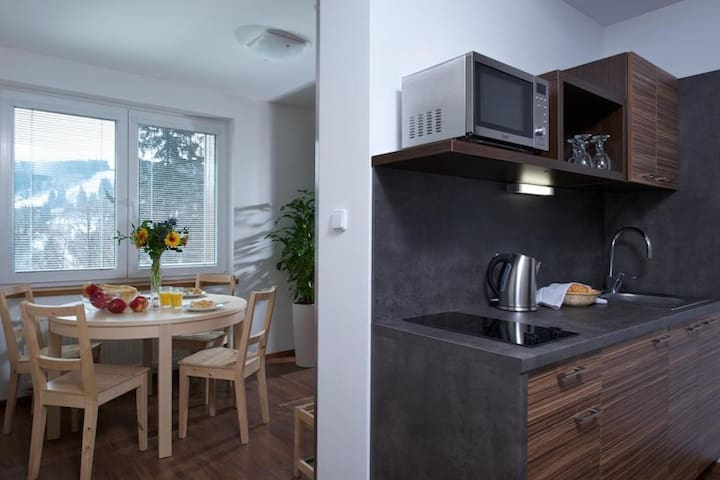 Two-bedroom apartment 294/3 Breakfast included
