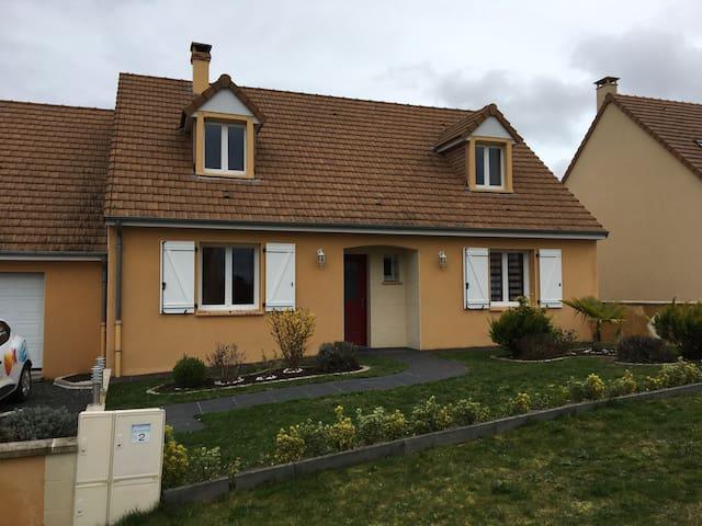 4 chambres spacieuses et récentes - La Suze-sur-Sarthe