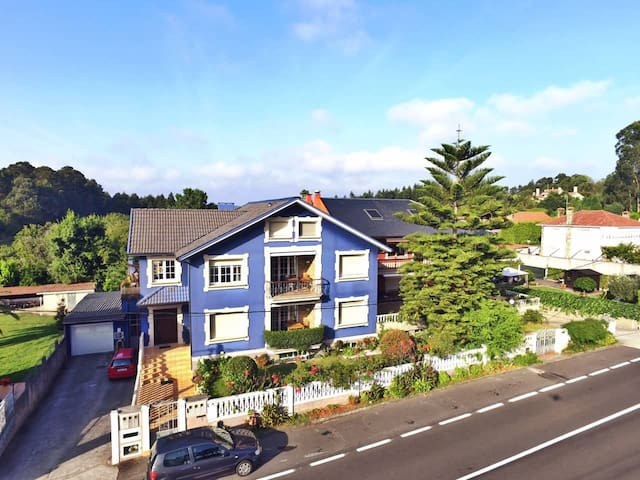 Luxurious villa near Coruña - Oleiros - Huis