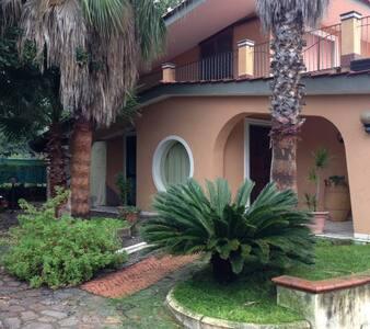 Pompei - Vesuvio 2 rooms in villa - Terzigno