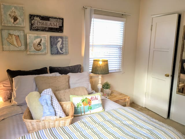 ❤️  BEACH & Bright Room *PB* Artists Home