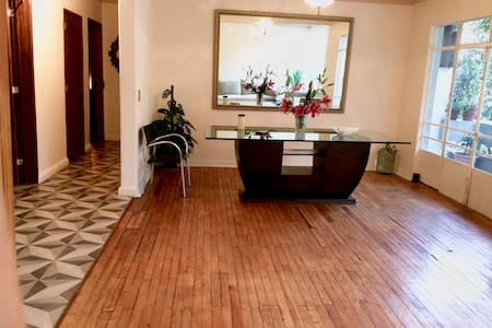 Awesome apartment in Condesa near to Colonia Roma - Mexico City - Lägenhet