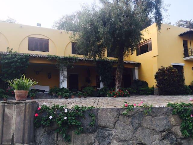 Exclusiva casa de campo en las afueras de Lima - Lurigancho - Villa