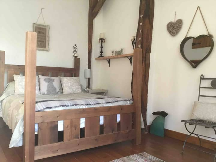 Large double room in converted barn