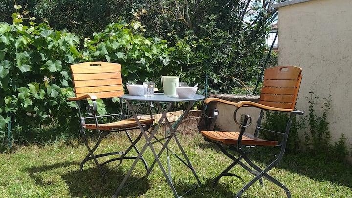 """Gîte Studio """"Le clos des Cent Vignes""""  à Beaune"""