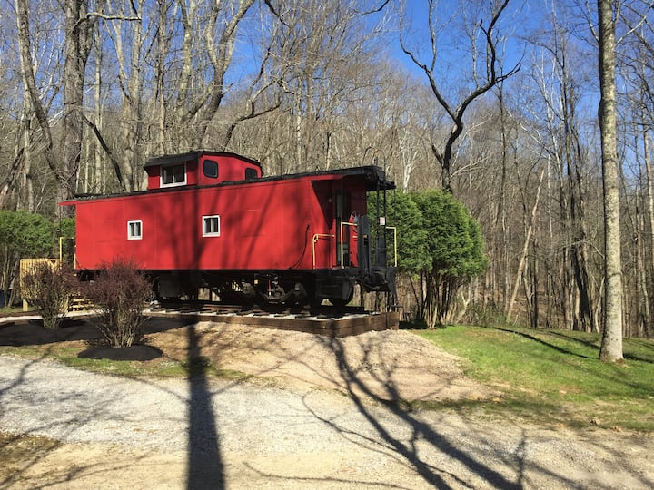 The Hocking Hills Caboose