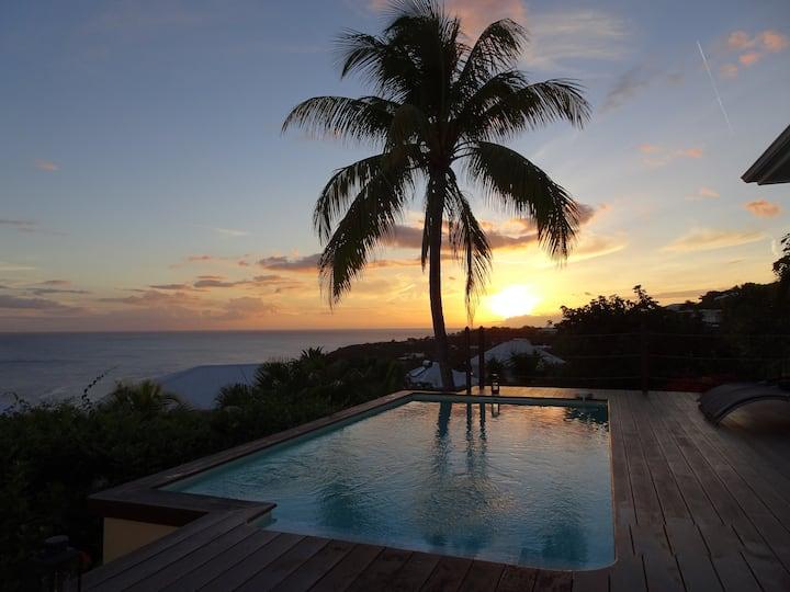 Villa vue mer, plages à 5mn, piscine, 2 chambres