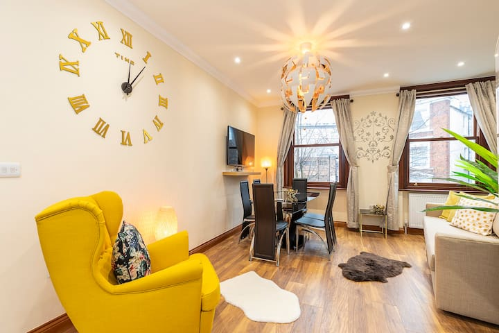 Charming 2 Bed Apartment Kensington Olympia