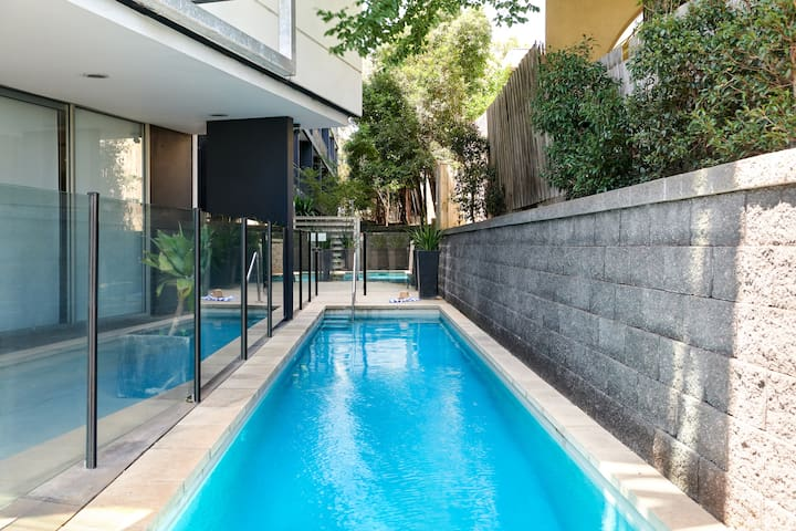 Knox - Studio Apartment
