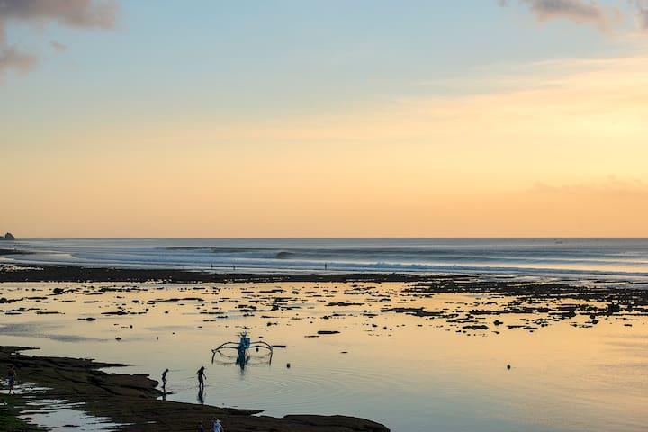 low tide tidal pool