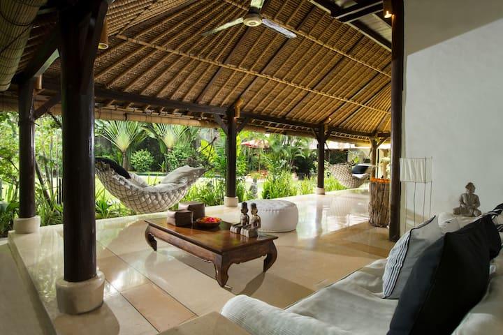 3 Bali villas in tropical garden