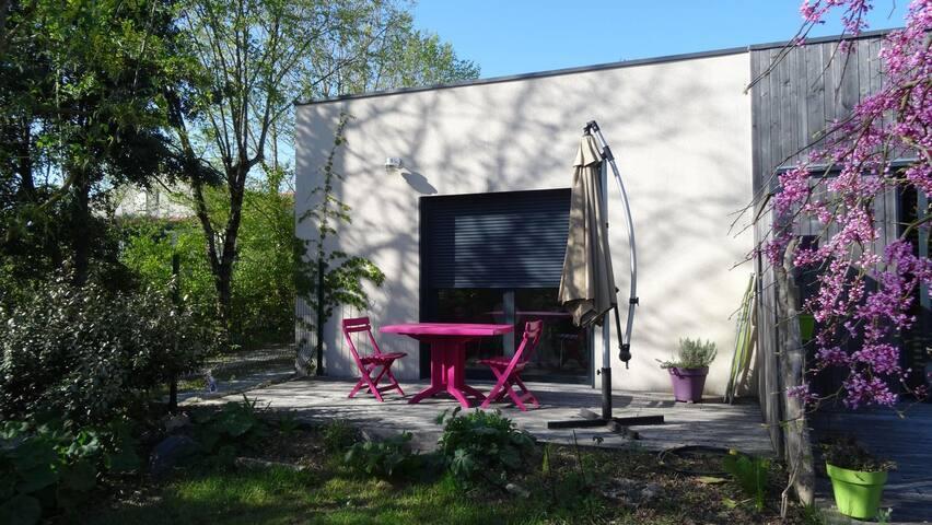 Appartement dans maison ossature bois - Nieul-sur-Mer - Apartment