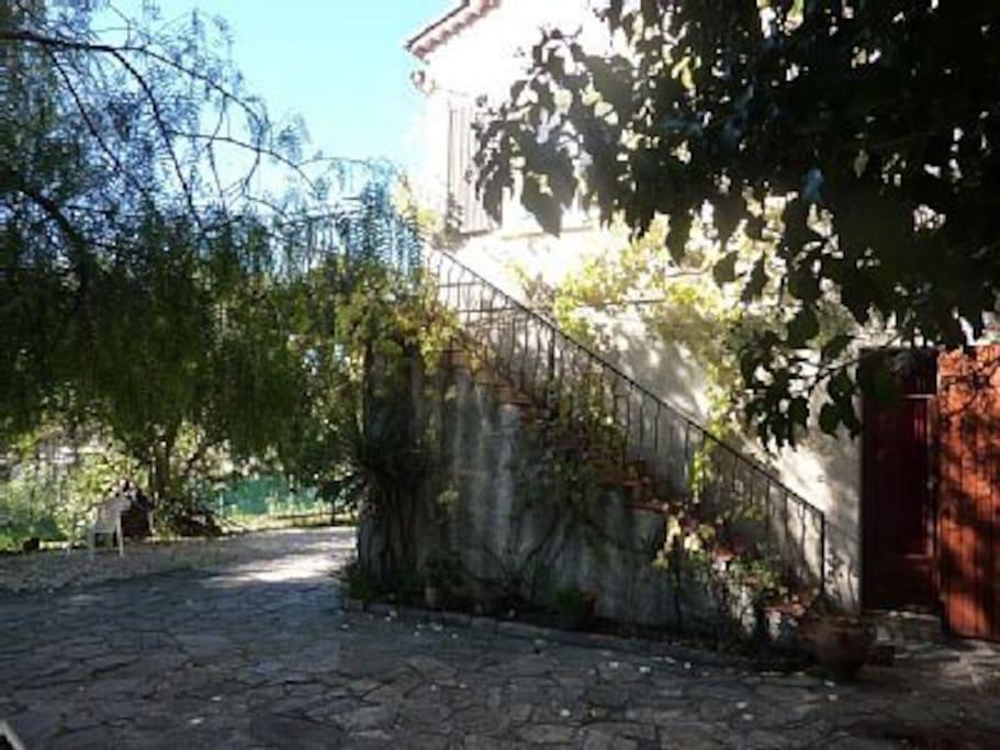 La façade de la villa