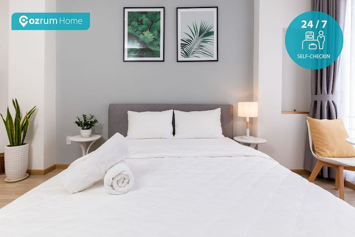 Cozrum Homes - Beautifully ❤ Designed Suite @D1