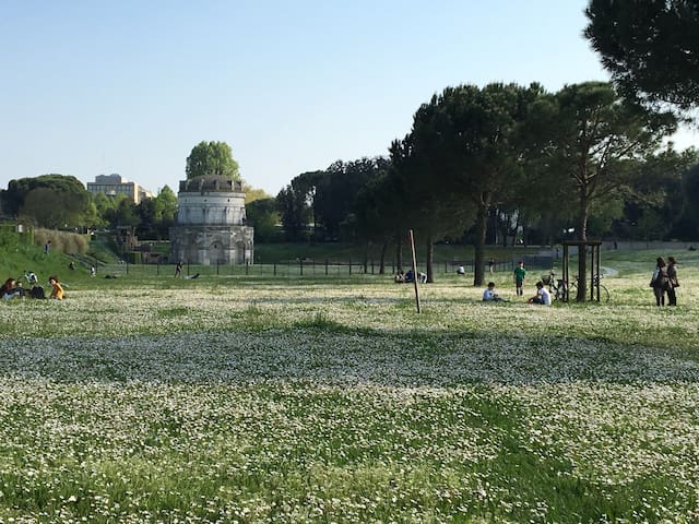 Appartamento zona MausoleoTeodorico - Ravenna - Appartement