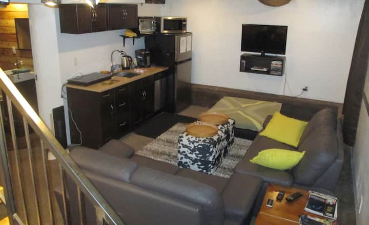 Centrally Located Separate Suite
