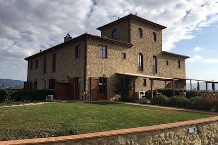 Prachtig Countryhouse in de Toscaanse heuvels - Volterra