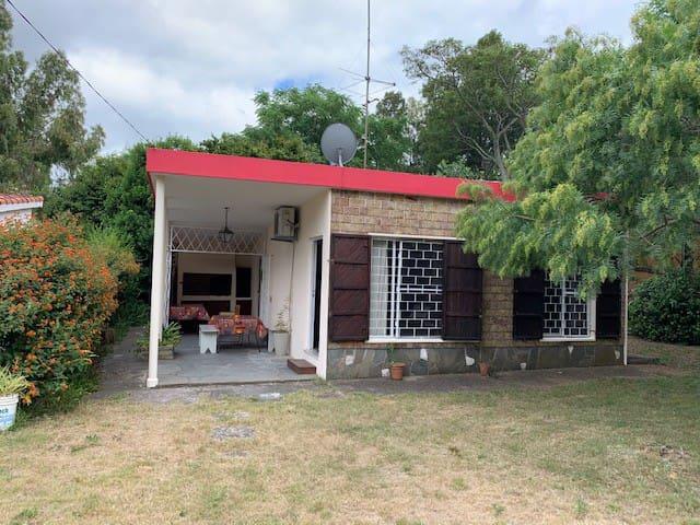 Casa Costa Azul se alquila 2da febrero y Turismo