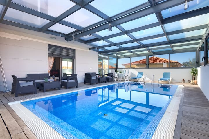 Shepard Villa With Private Heated Pool