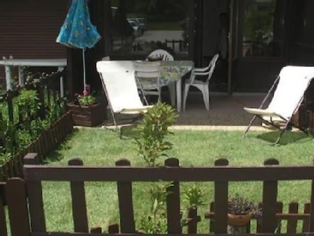 studio** 4 personnes - jardinet-accès wifi