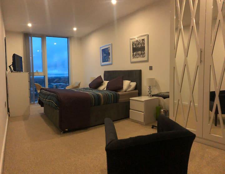 Huge En-suite room with amazing view