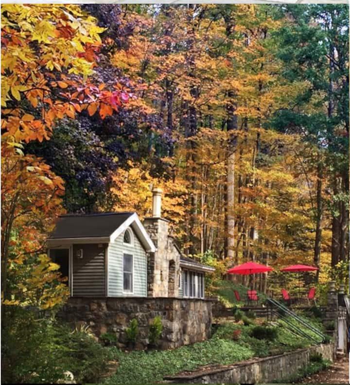 Elegantly Furnished Cottage-Hidden in Plain Sight!