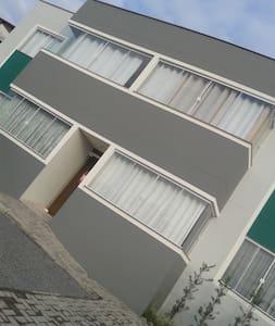Acomodaçao diferenciada em Jaragua do Sul SC - Jaraguá do Sul - Wohnung