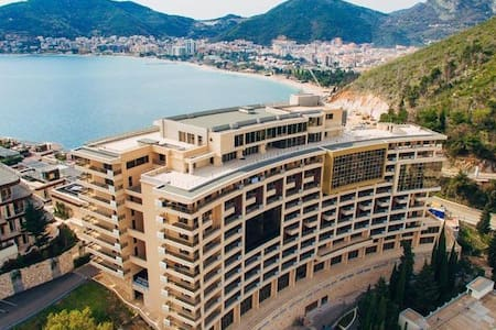 Apartment Harmonia sea view 8 floor E402 - 布德瓦 - 飯店式公寓