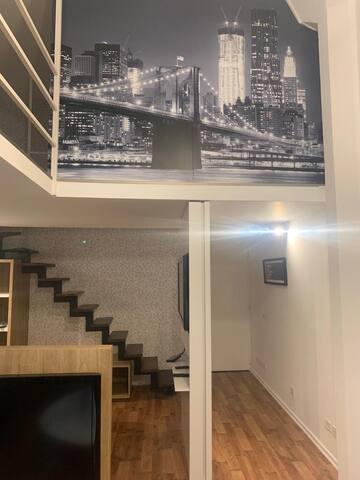 Escaleras para el segundo piso.