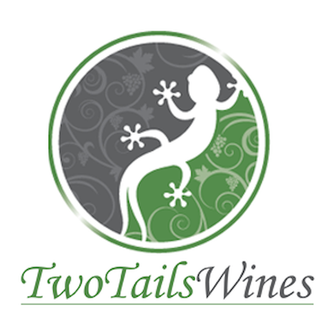 Two Tails Winery B&B in the heart of the Valley - Nana Glen