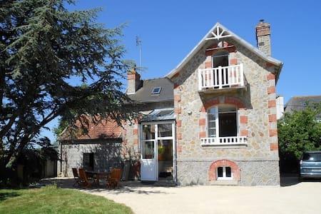 Maison de vacances Ker Maryam - Plounévez-Lochrist - Huis